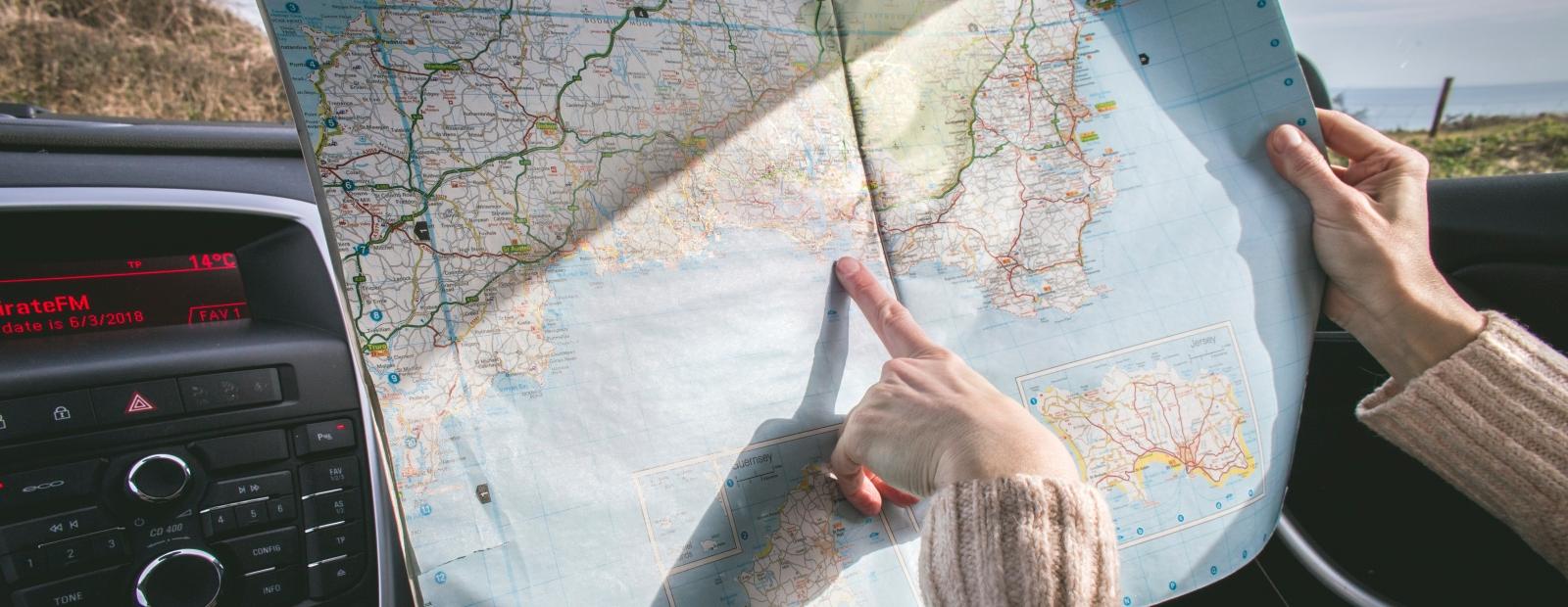 Cilvēki ceļo biežāk un braucieniem aizņemas vairāk naudas