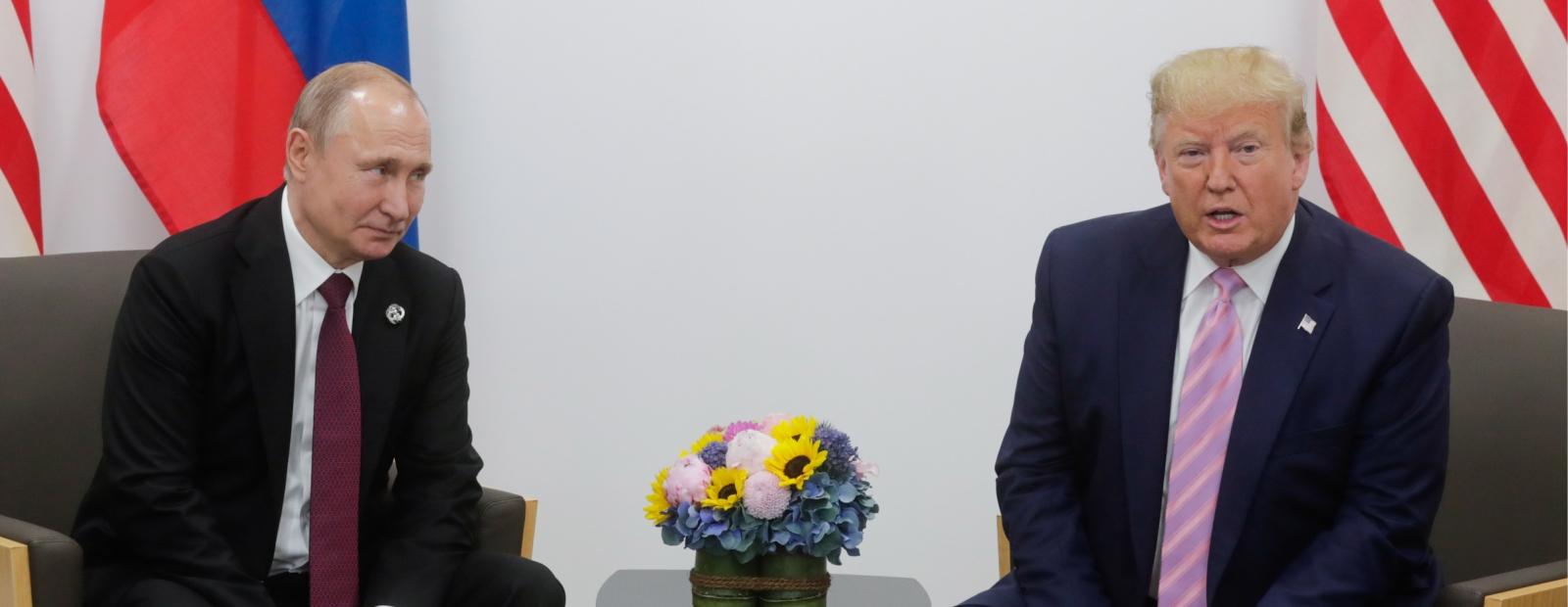 Tramps un Putins telefonsarunā apsprieduši koronavīrusu un naftas...